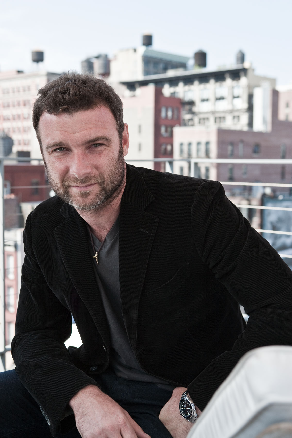 Portrait of the actor Liev Schreiber at home by New York Photographer, Michael Weschler.